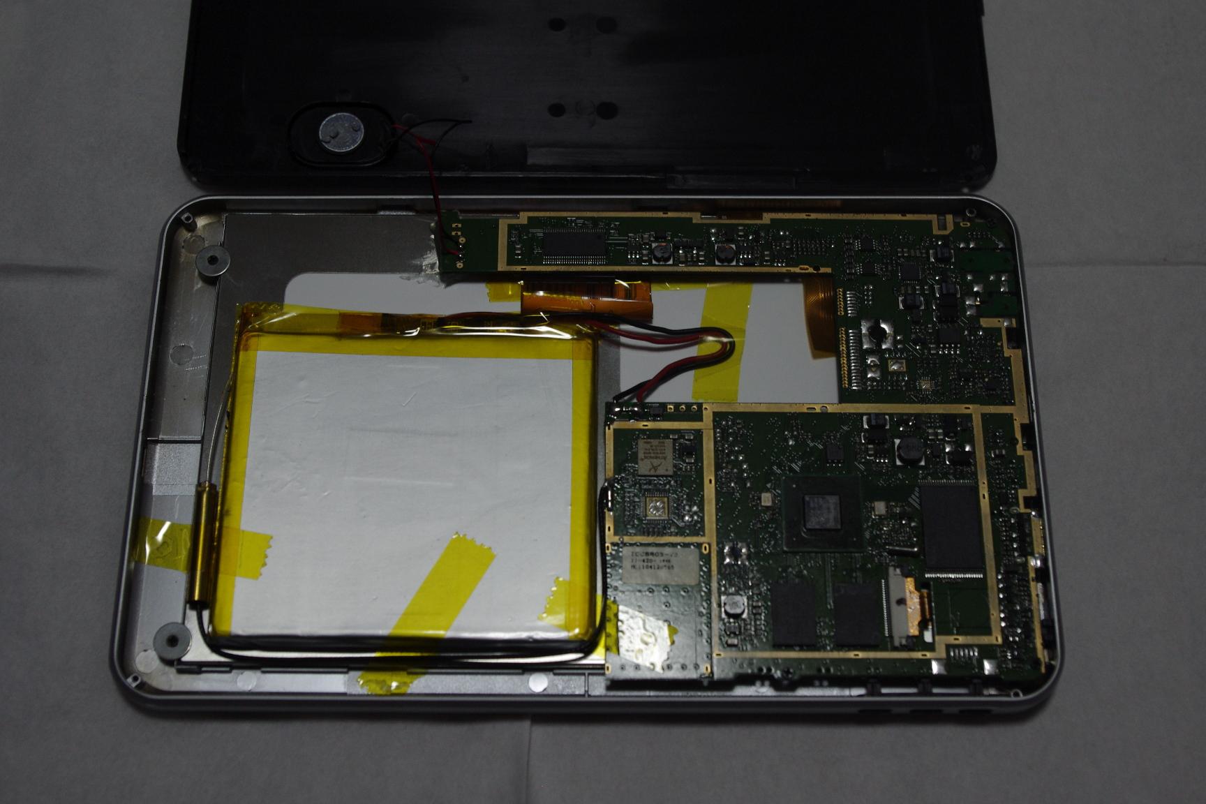 中華Androidタブレット LY-F521(GT-PAD, M801) 分解してみた